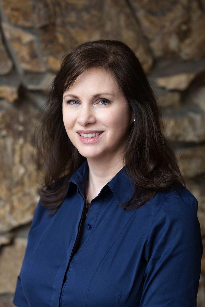LeeAnn Guidotti, Managing Broker in Bellevue, Windermere