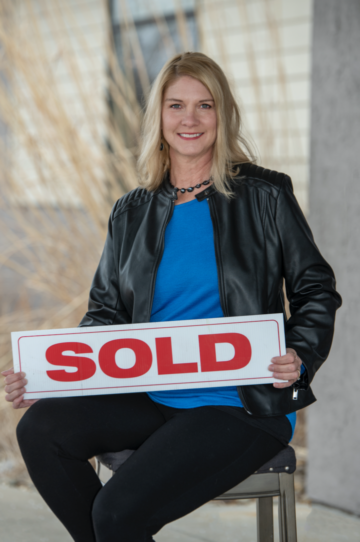 Kindra  Bruninga, Broker | REALTOR® in Peoria, Jim Maloof Realtor