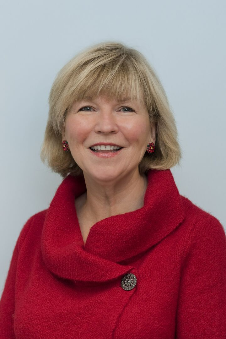 Donna Conway, Sales Associate in East Greenwich, Mott & Chace Sotheby's International Realty