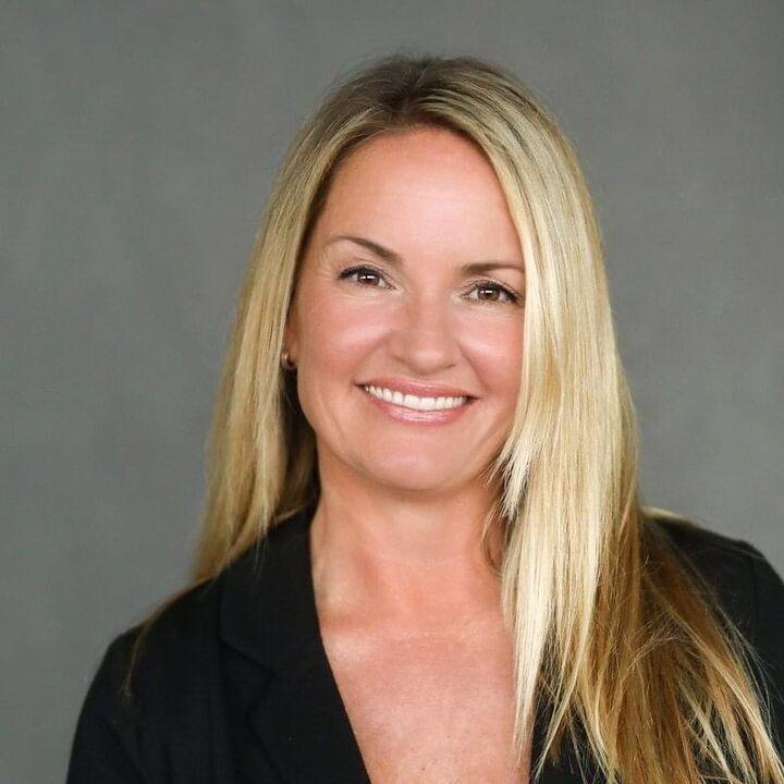Teresa Huntley, REALTOR  in Santa Cruz, David Lyng Real Estate