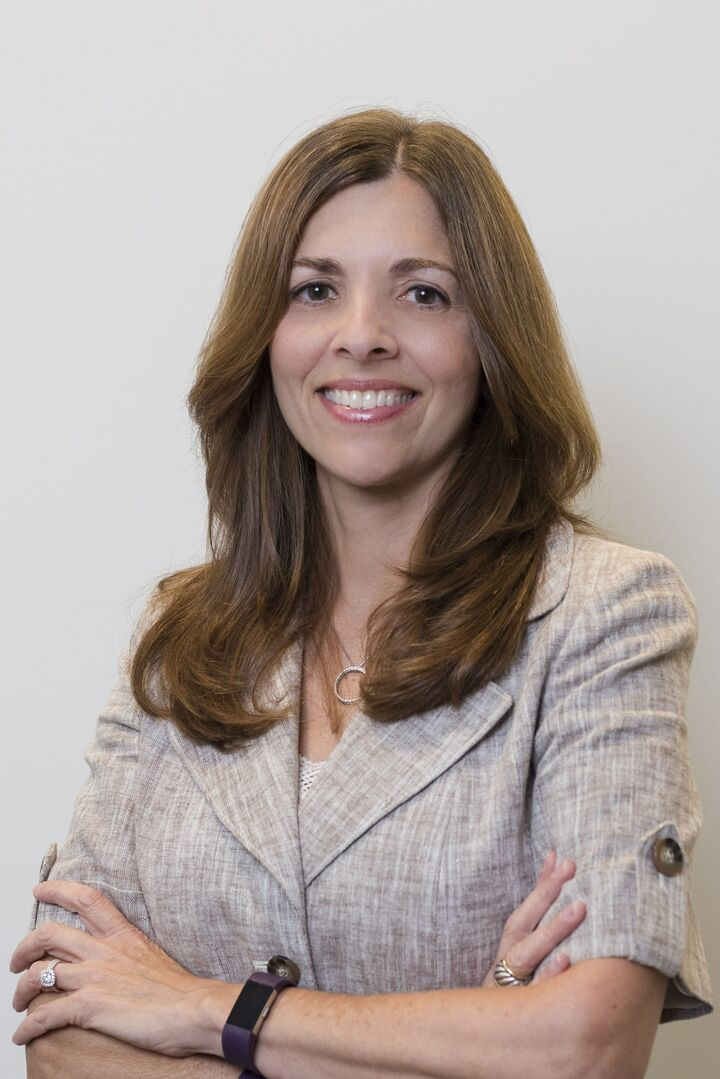 Leza Williamson, Sales Associate in Providence, Mott & Chace Sotheby's International Realty