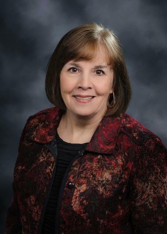 Melanie Cummings, Sales Associate in Muncie, BHHS Indiana Realty