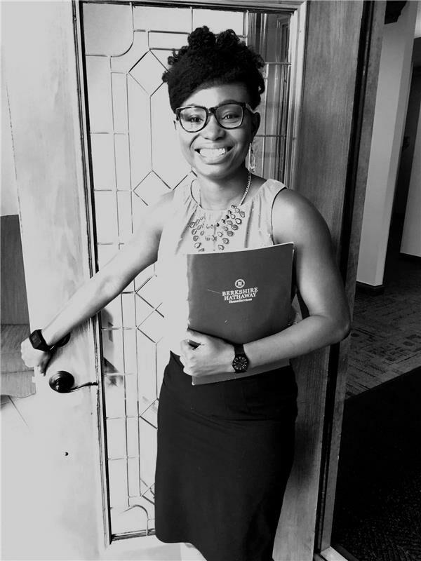 Wunmi Akinola, Sales Associate in Greenwood, BHHS Indiana Realty
