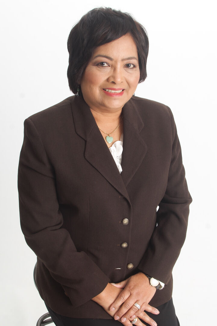 Amelia Cueva, Realtor® in Daly City, Intero Real Estate