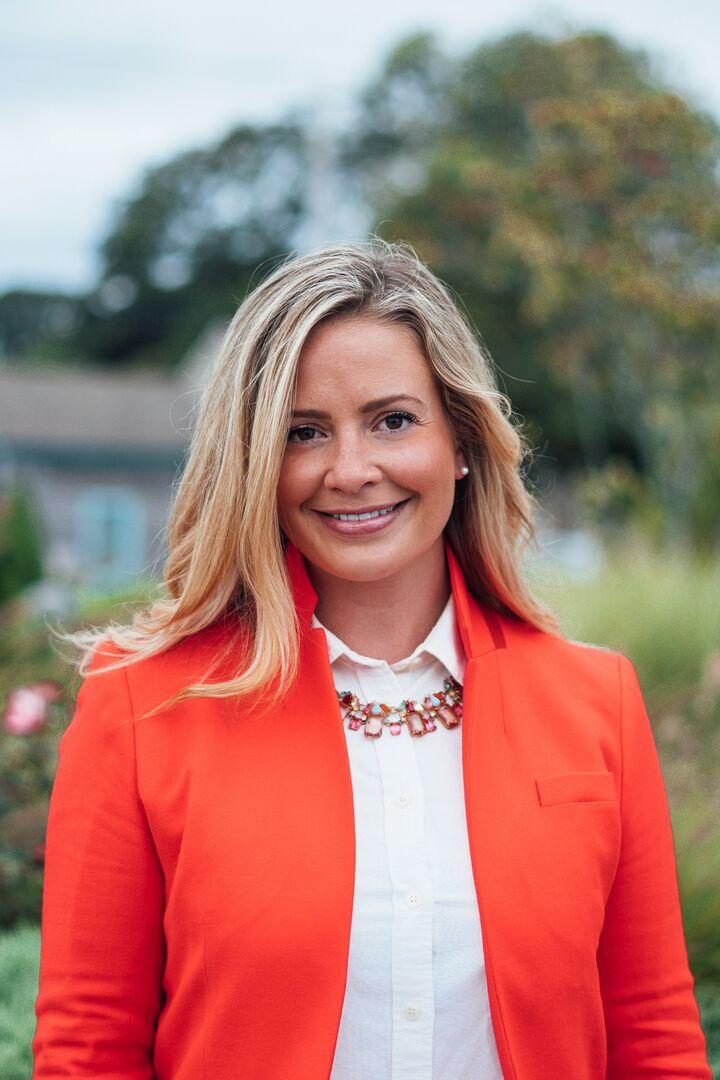 Jennifer Crellin, Sales Associate in Narragansett, Mott & Chace Sotheby's International Realty