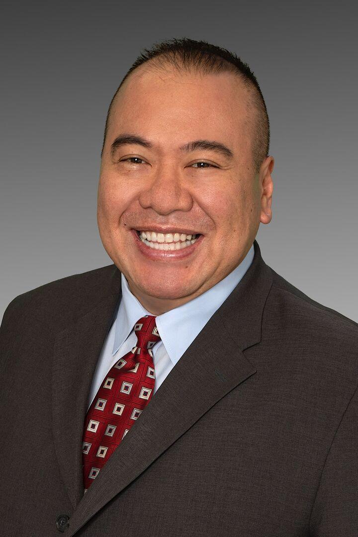 Stephen(Shu) Hsu, Managing Broker in Tacoma, Windermere