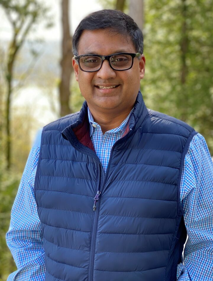 Dhilip Gopalakrishnan,  in Kirkland, Windermere
