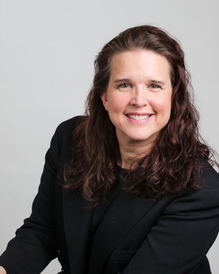 Beth A. Newton, Managing Broker in Camano Island, Windermere