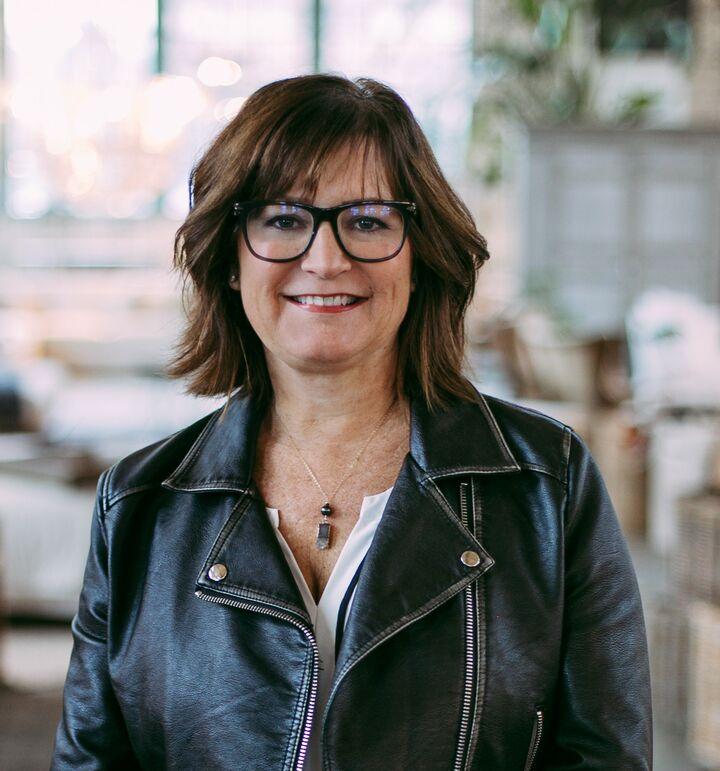 Kelli Jo Hjalseth, Managing Broker in Tacoma, Windermere
