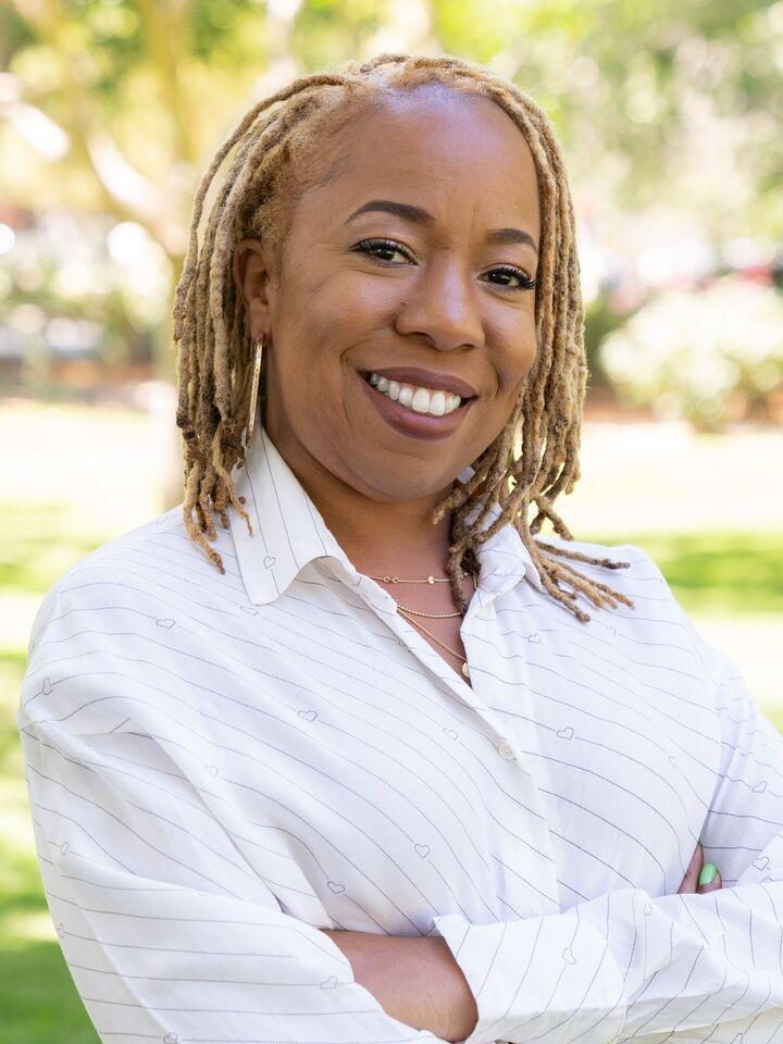 Jonisha Smith, Realtor in Oakland, Better Homes and Gardens Reliance Partners