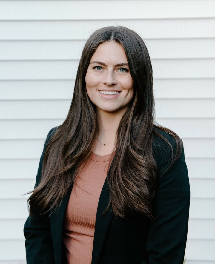 Hannah  Bailey, broker | licensed in oregon in Portland, Windermere
