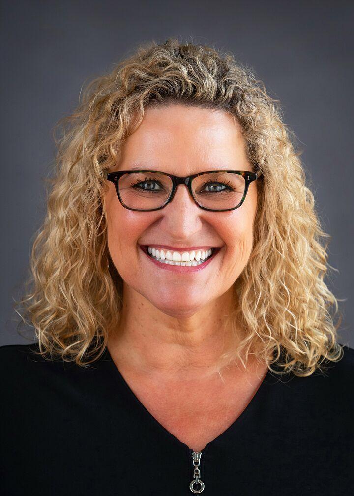 Lori Logan, Realtor in Fair Oaks, Better Homes and Gardens Reliance Partners