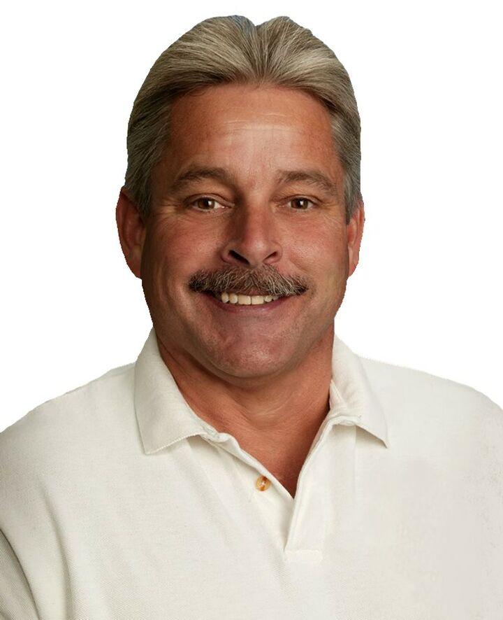 Scott Woodard,  in La Quinta, HK Lane Palm Desert