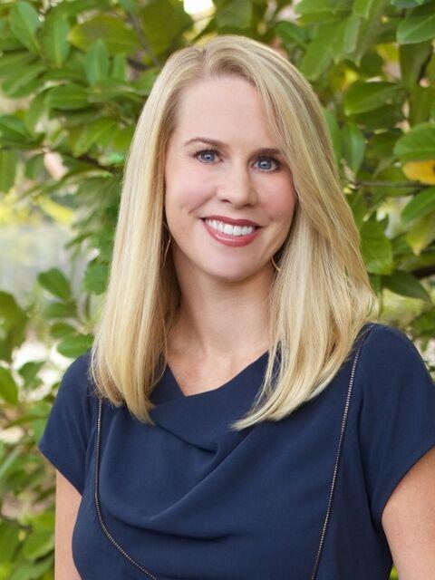 Laurel Hunt Robinson, Realtor® in Palo Alto, Sereno Group