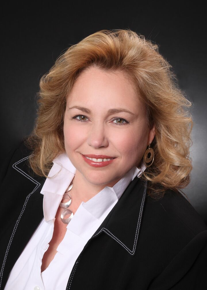 Cherie Hunt, Realtor in Sacramento, Better Homes and Gardens Reliance Partners