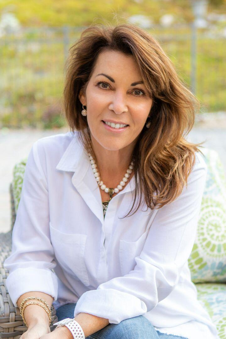 Erin Marsh, Sales Associate in Narragansett, Mott & Chace Sotheby's International Realty