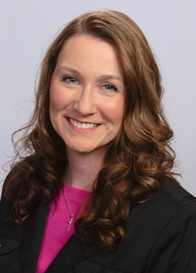 Amber Martin,  in Dade City, Dennis Realty & Investment Corp.