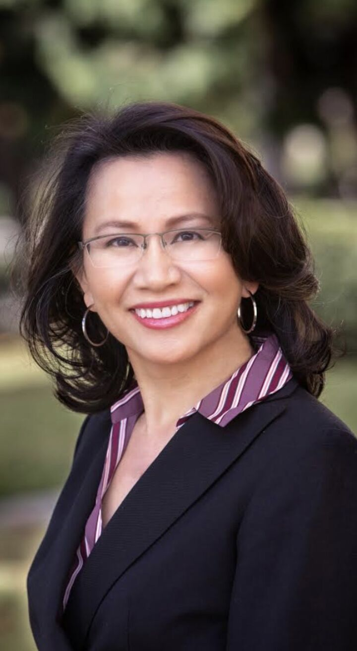 Pamela Tong,  in Northridge, Pinnacle Estate Properties